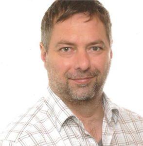 Dr. Steffen Merle